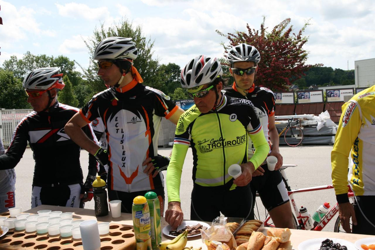 100kmcyclo10